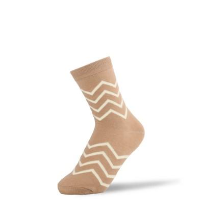 """Moteriškos kojinės """"Balti zigzagai"""""""