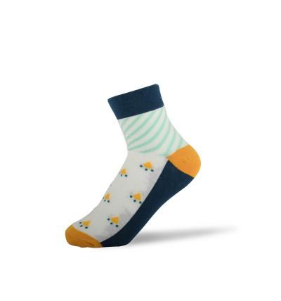 """Moteriškos kojinės """"Adelė"""""""